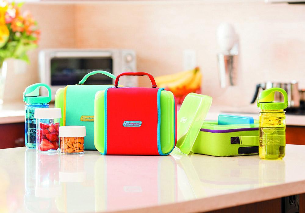 На кухненския плот кутия за храна Nalgene Lunch box Buddy Blue