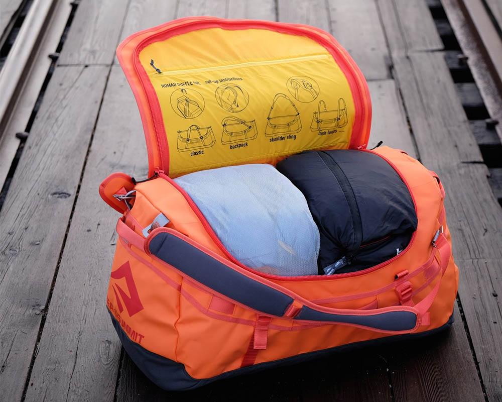 Експедиционен сак - раница Sea to Summit Nomad Duffle Bag 45L с багаж