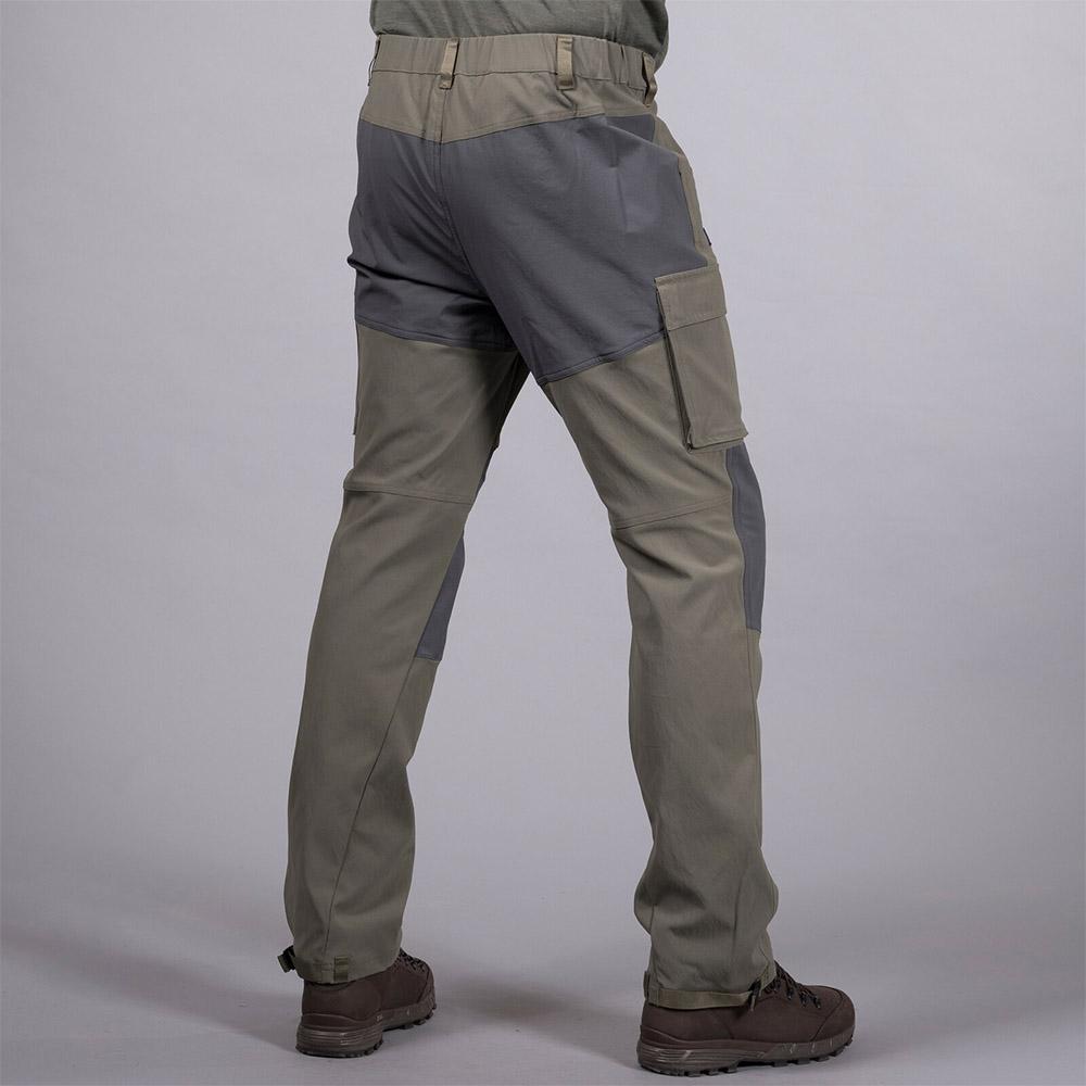 Гръб на мъжки туристически панталон Bergans Nordmarka Hybrid Green Mud 2020