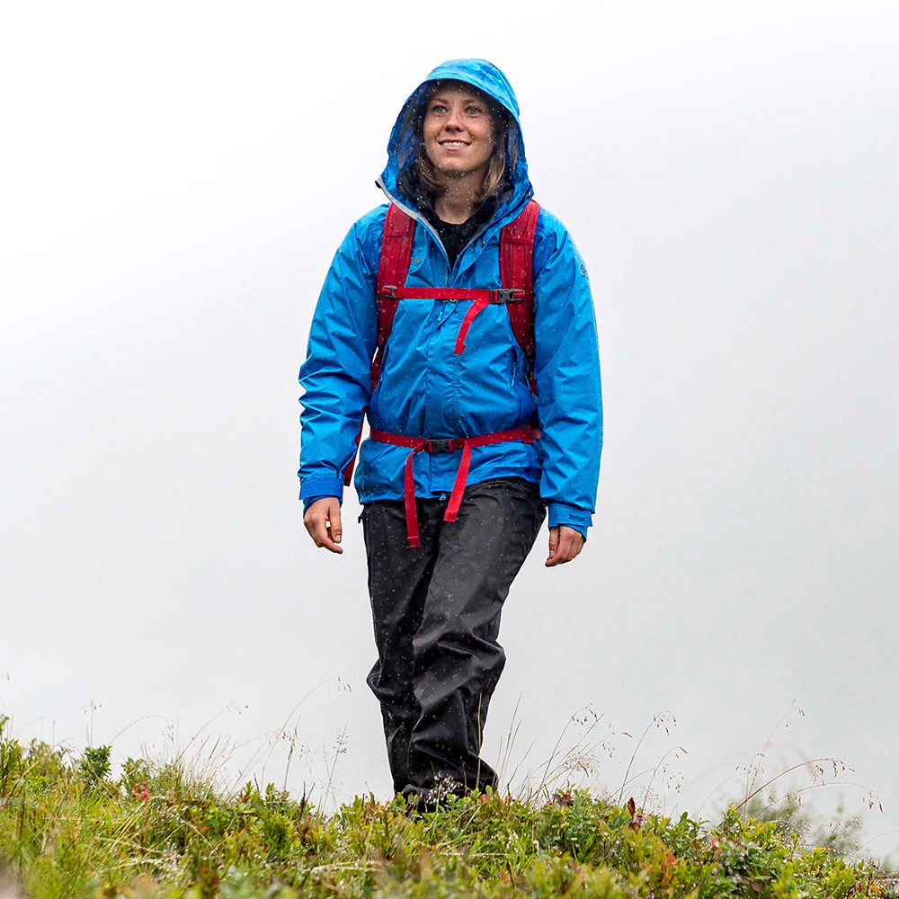 Трек в дъжда с дамски хардшел панталон Bergans Super Lett Lady Standard Black 2020
