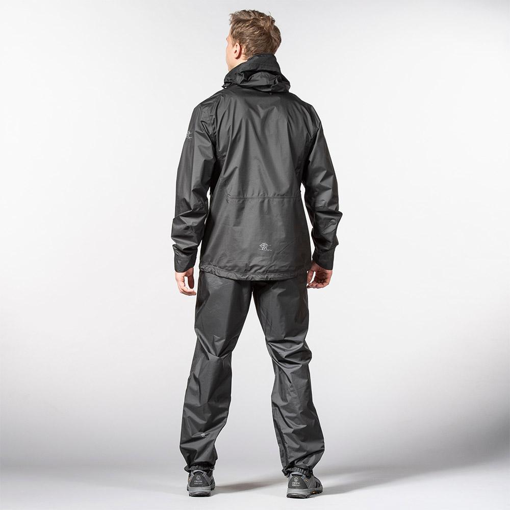 Гръб на мъжки хардшел панталон Bergans Super Lett Standard Black 2020