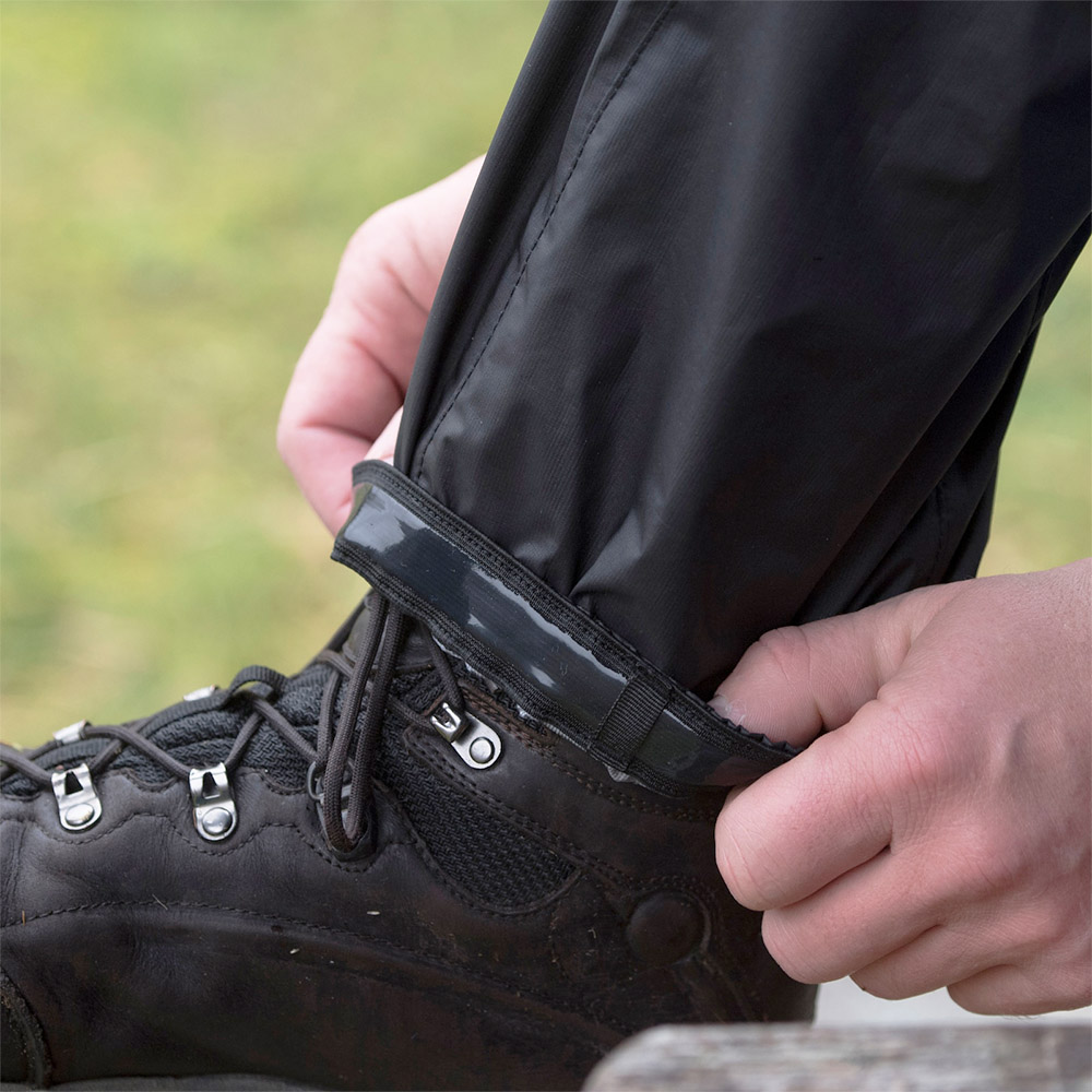 Силиконови кантове на мъжки хардшел панталон Bergans Super Lett Standard Black 2020
