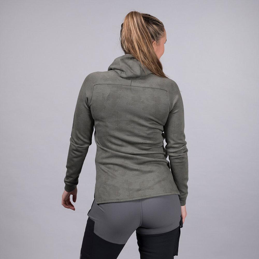 Гръб на дамско яке от мерино вълна Bergans Tuva Light Wool Hood W Green Mud Camo 2020