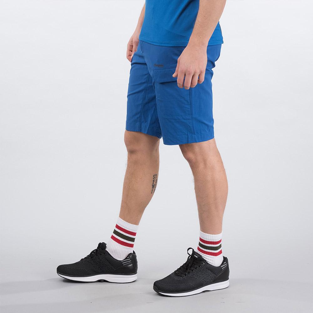 Профил на мъжки къс панталон Bergans Utne Shorts Classic Blue 2020