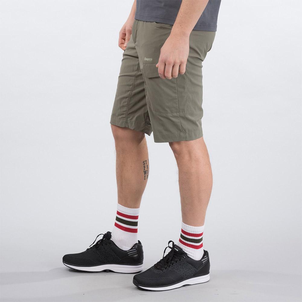 Профил на къс панталон Bergans Utne Shorts Green Mud 2020