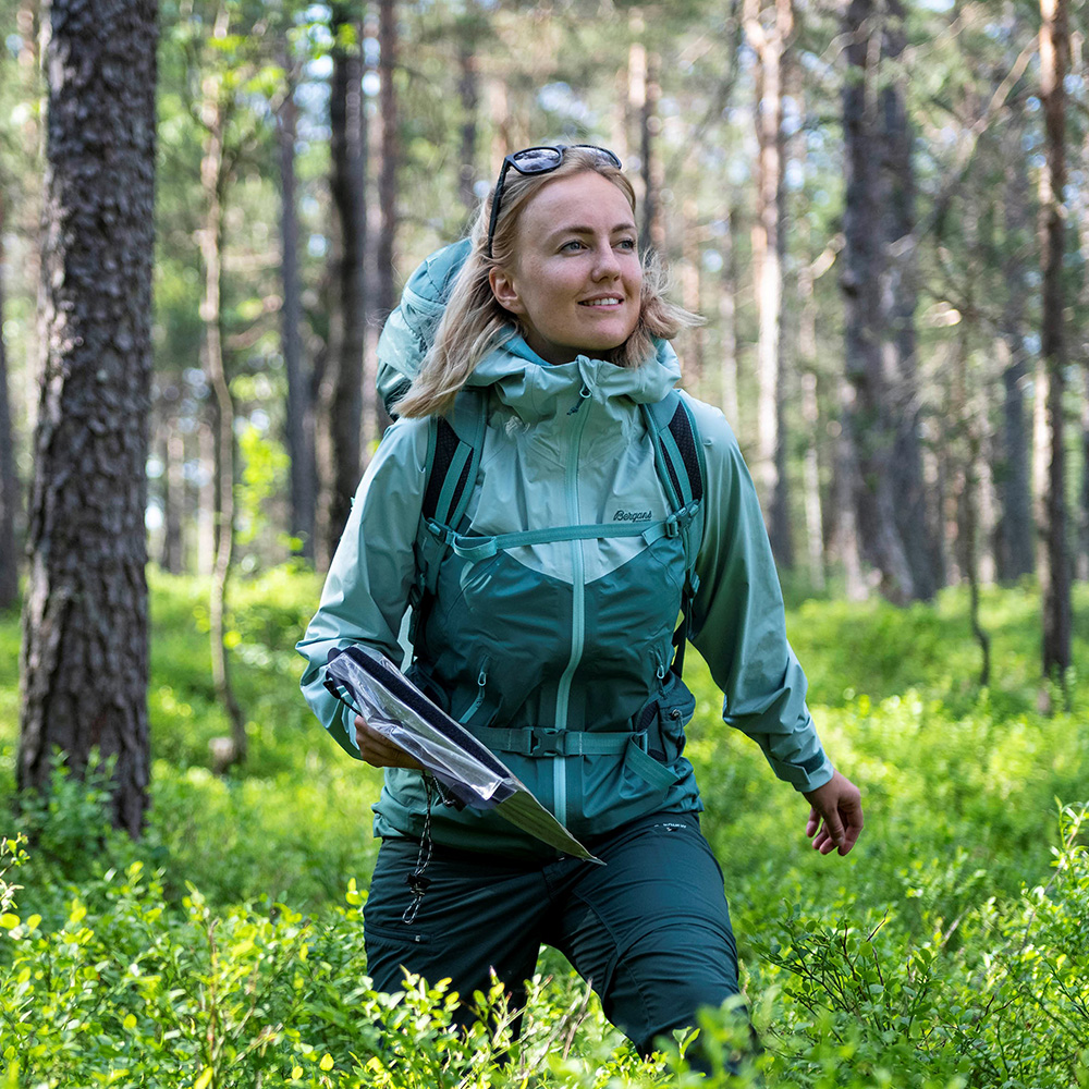 Hiking Bergans Letto V2 3L W Jacket Forest Frost 2021