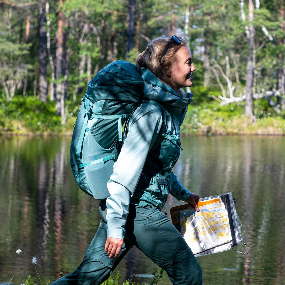 Lake walk Bergans Letto V2 3L W Jacket Forest Frost 2021