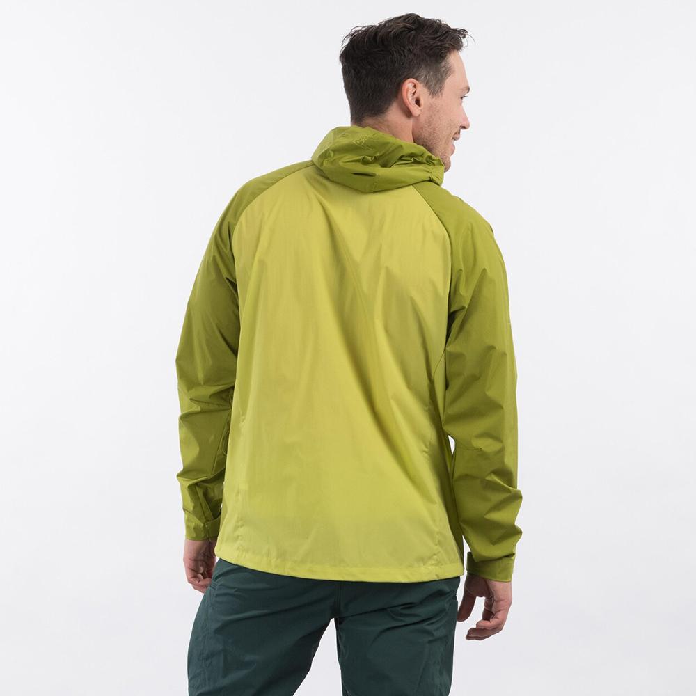 Гръб на мъжко софтшел яке Bergans Microlight Green Oasis 2021