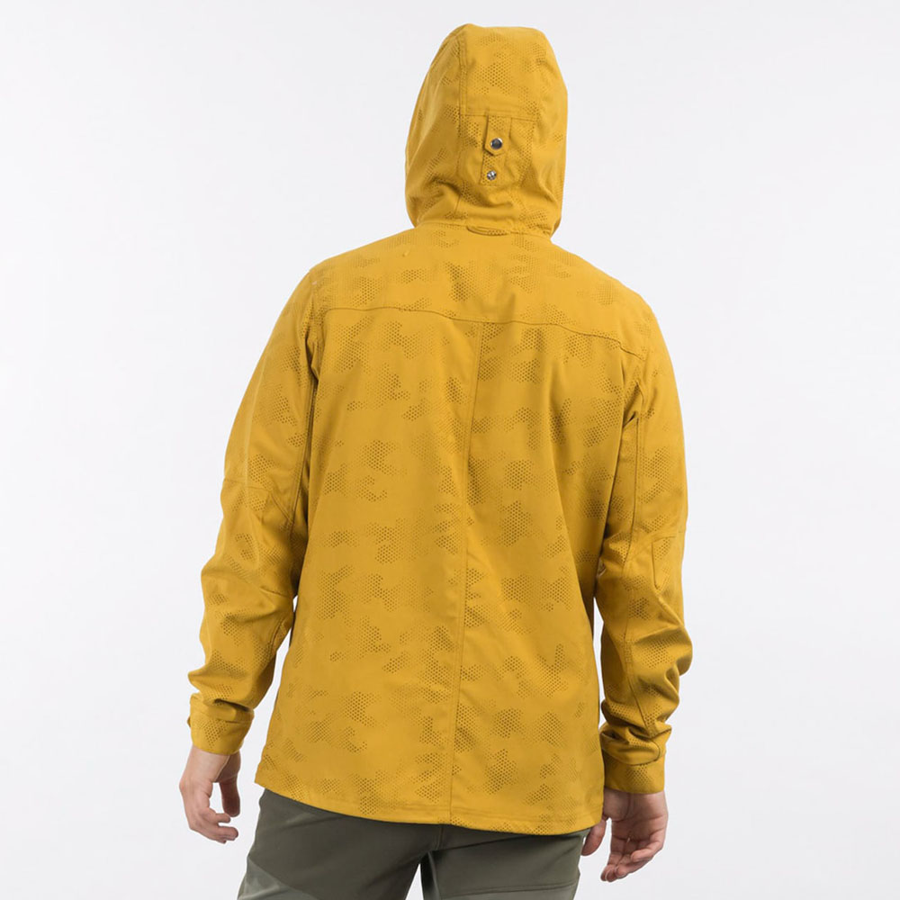 Гръб на мъжко яке Bergans Nordmarka Jacket Mustard Yellow Camo 2021