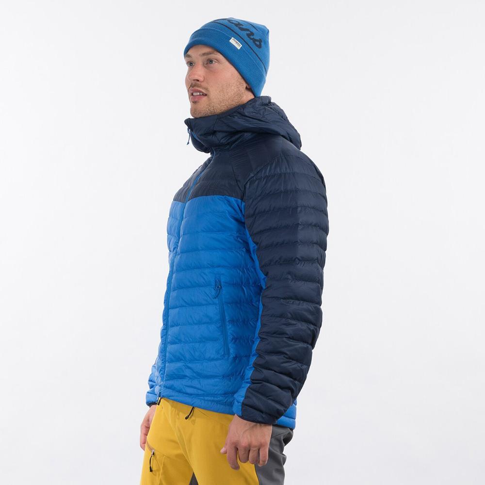 Профил на мъжко пухено яке Bergans Røros Down Light Jacket w/Hood Strong Blue 2021