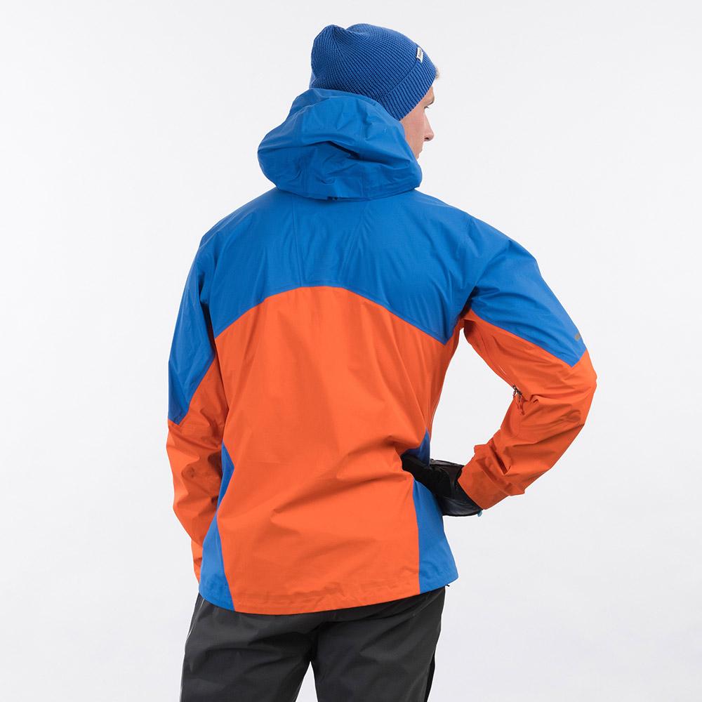 Гръб на мъжко хардшел яке Bergans Senja 3L Jacket Bright Magma / Strong Blue 2021