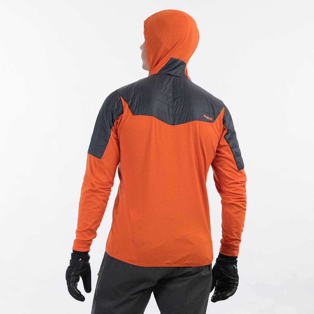 Гръб на мъжко яке с изолация Bergans Senja Midlayer Hood Jacket Bright Magma 2021