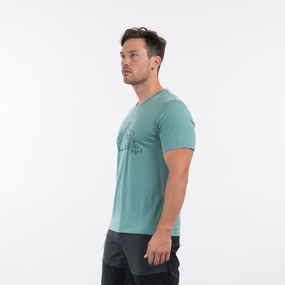 Side Bergans Graphic Wool Tee Light Forest Frost 2021