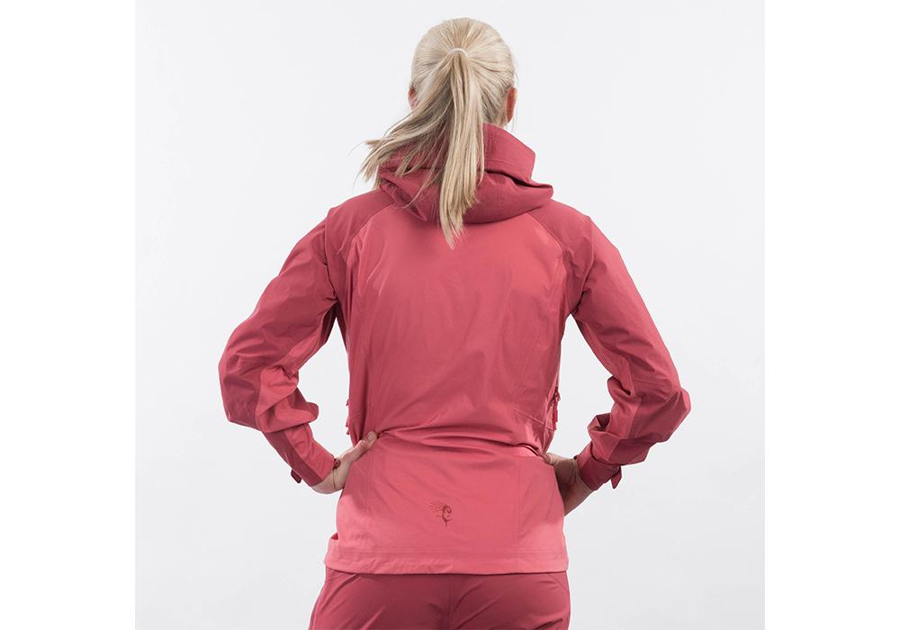 Дамско хардшел яке Bergans Cecilie 3L Jacket Creamy Rouge 2022