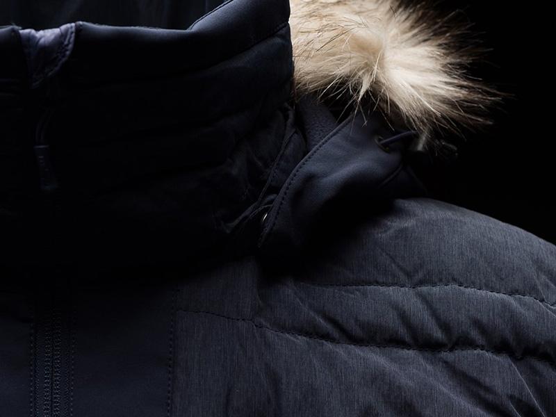 Качулка с козина на дамско пухено яке Bergans Bodø Down Lady Jacket Black