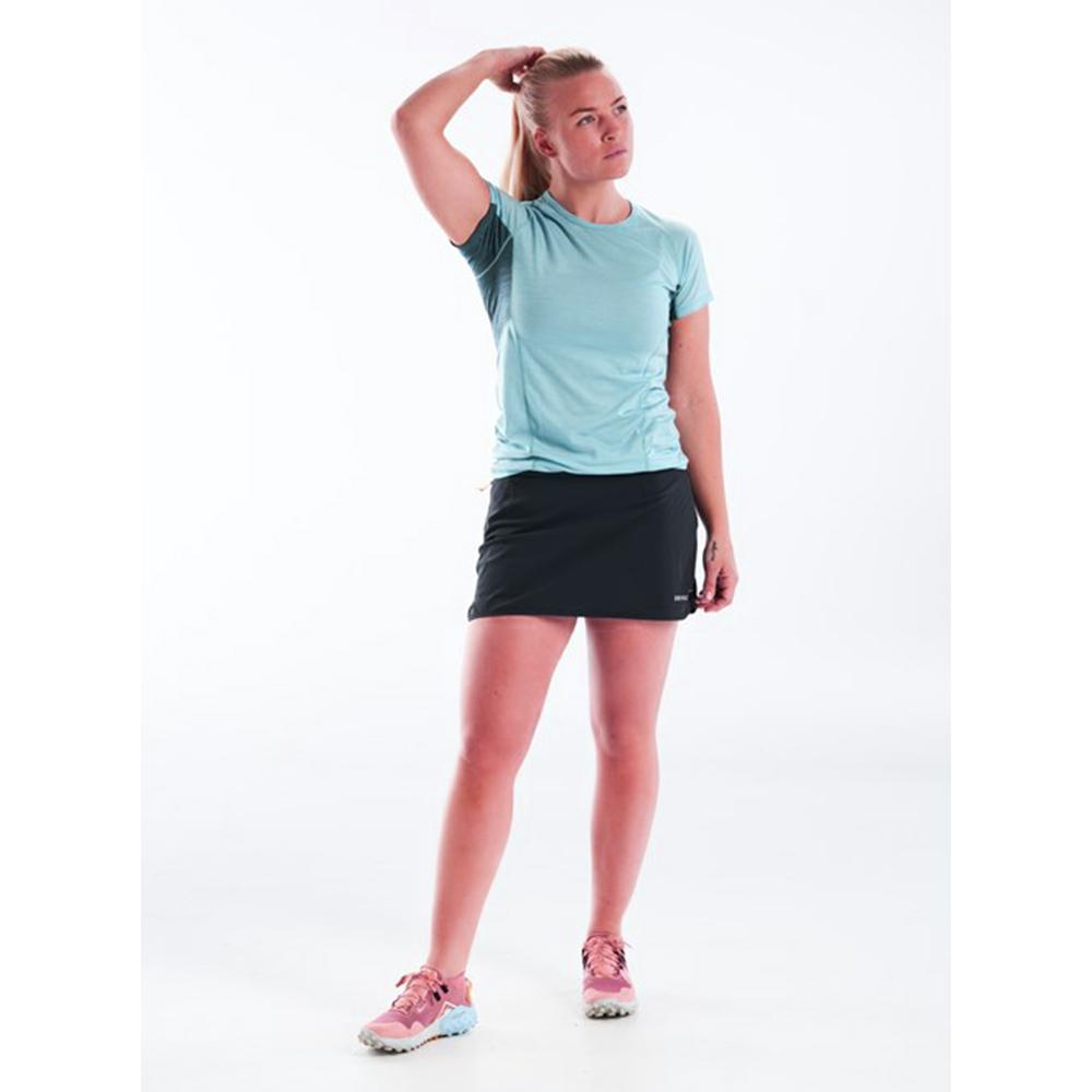 Лице на дамска тениска за бягане Devold Running Woman Tee Cameo 2021