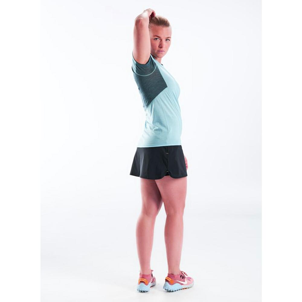Профил на дамска тениска за бягане Devold Running Woman Tee Cameo 2021