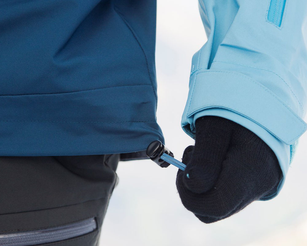 Пристягане в талията на дамско хардшел ски яке Bergans Myrkdalen Insulated Lady Jacket