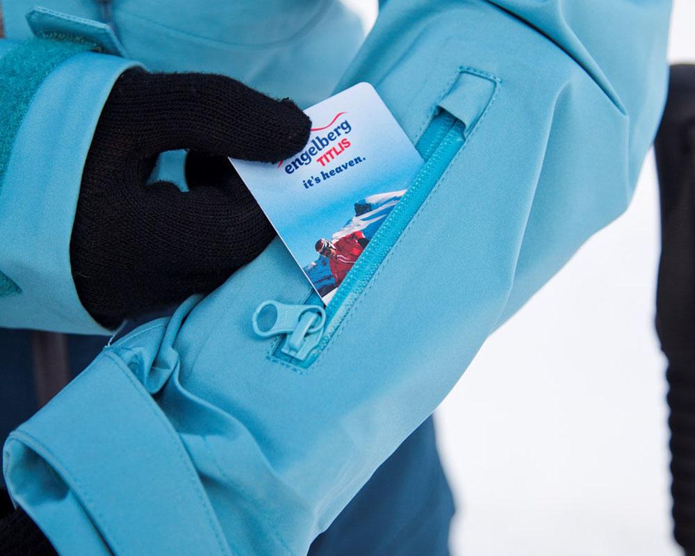Джоб с цип за ски карта на дамско хардшел ски яке Bergans Myrkdalen Insulated Lady Jacket