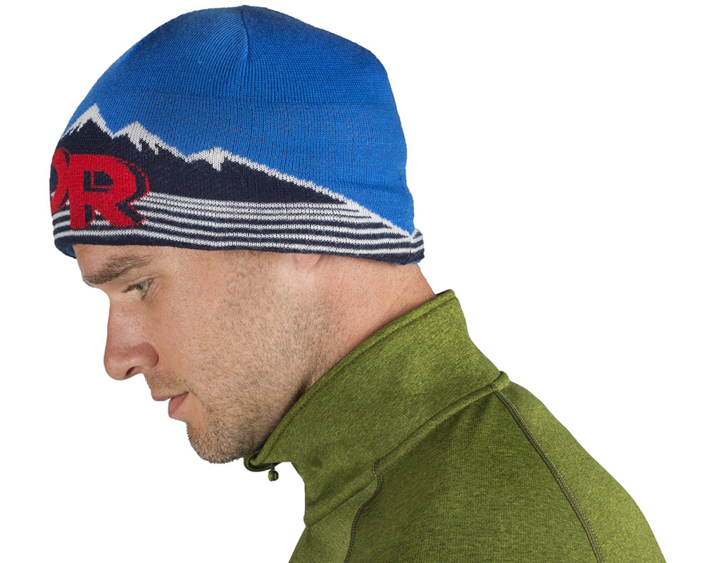 Мъж със зимна шапка Outdoor Research Advocate PrimaLoft Beanie
