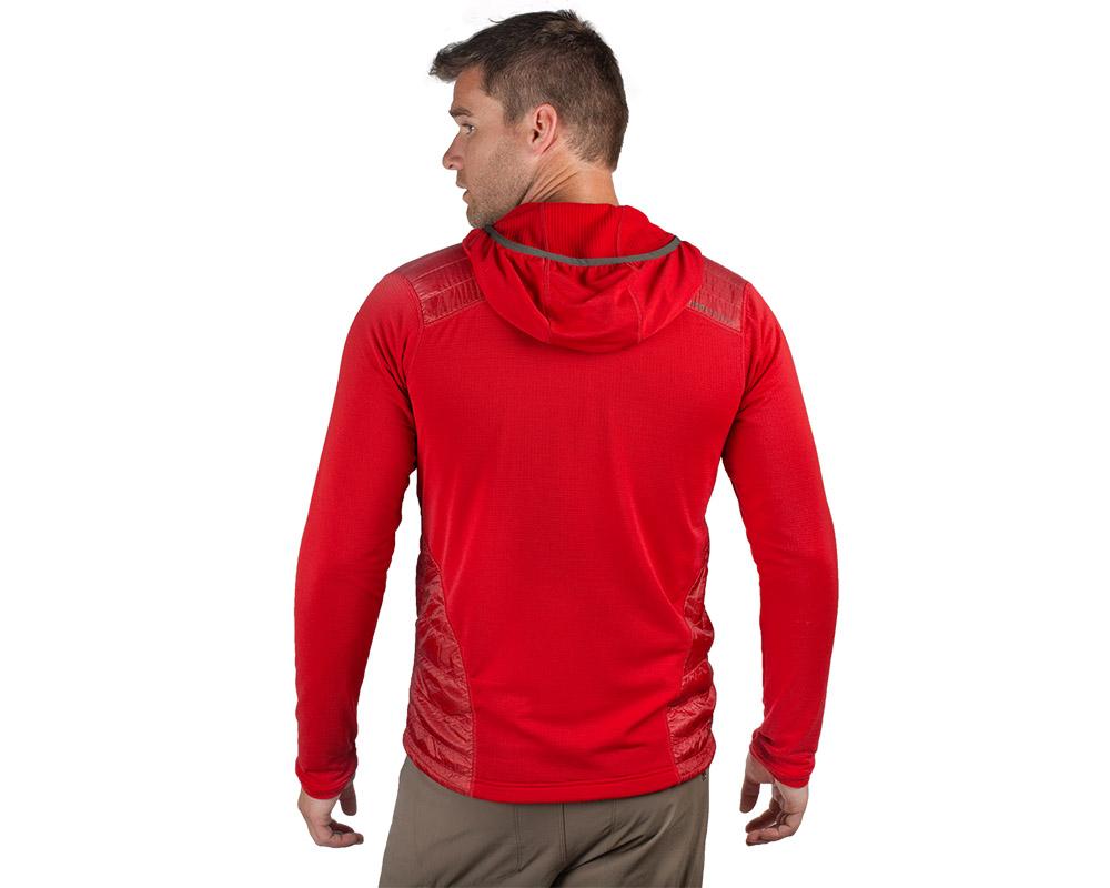 Мъж в гръб, облечен в поларено яке с качулка Outdoor Research Deviator Hoody