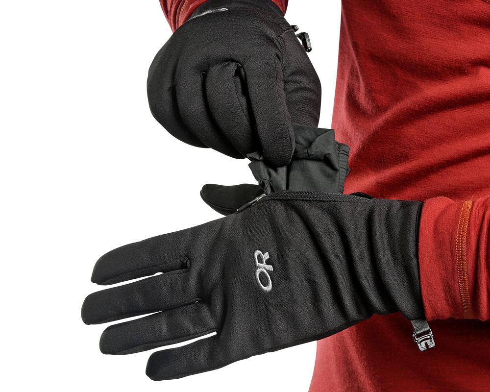 Изваждане на мембранните ръкавици Outdoor Research Versaliners Black
