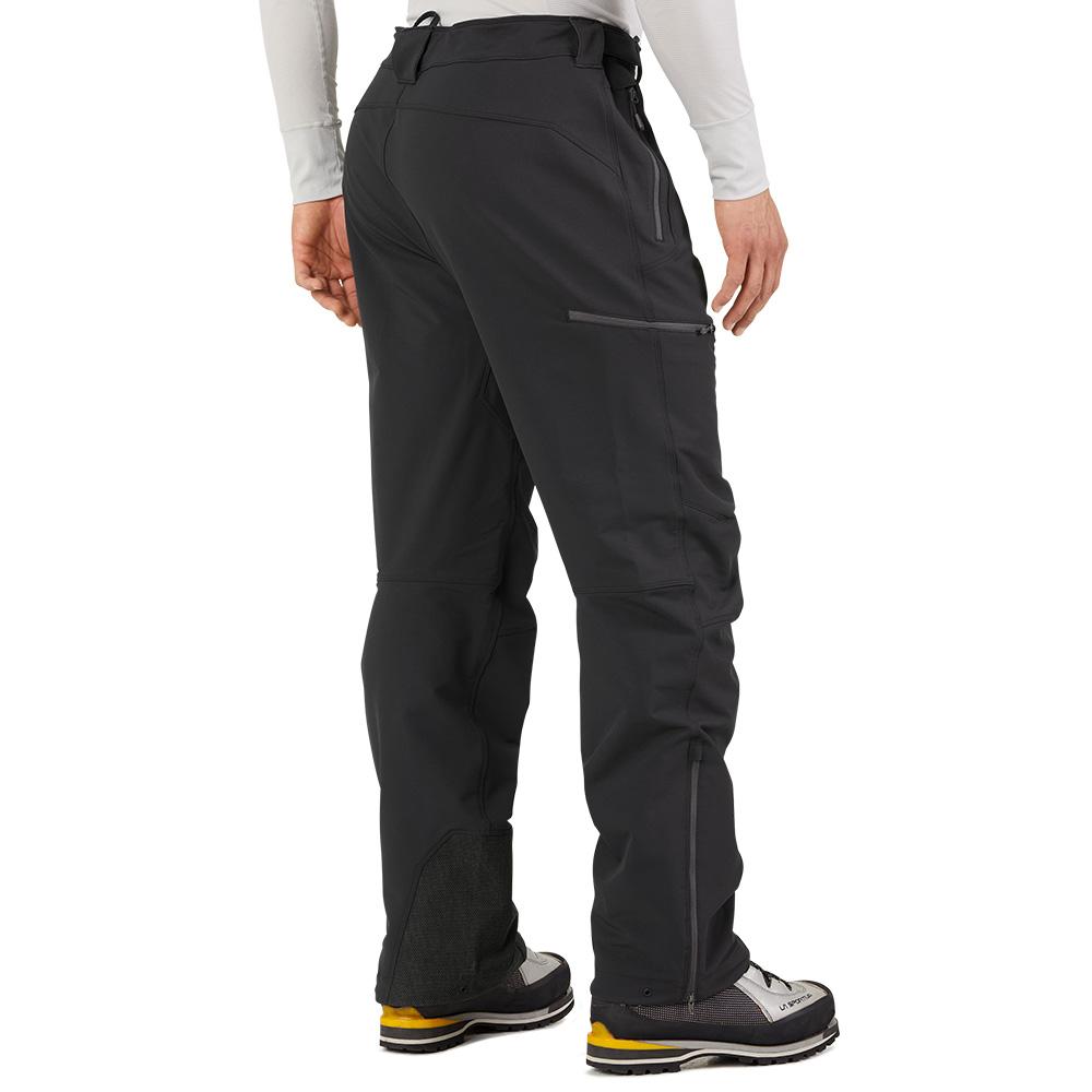 Гръб на мъжки софтшел панталон Outdoor Research Cirque Pants II Black 2021