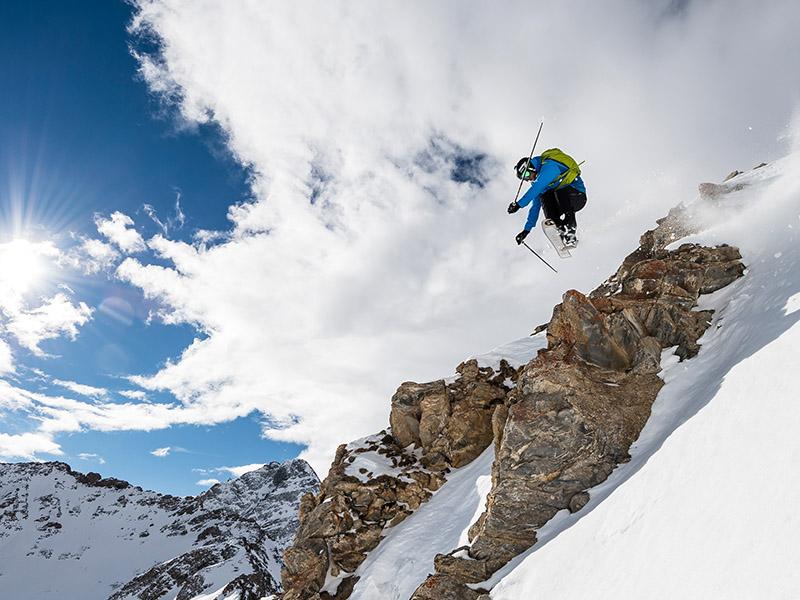 Дамско ски яке Bergans Oppdal Insulated Lady Jacket  на пистата