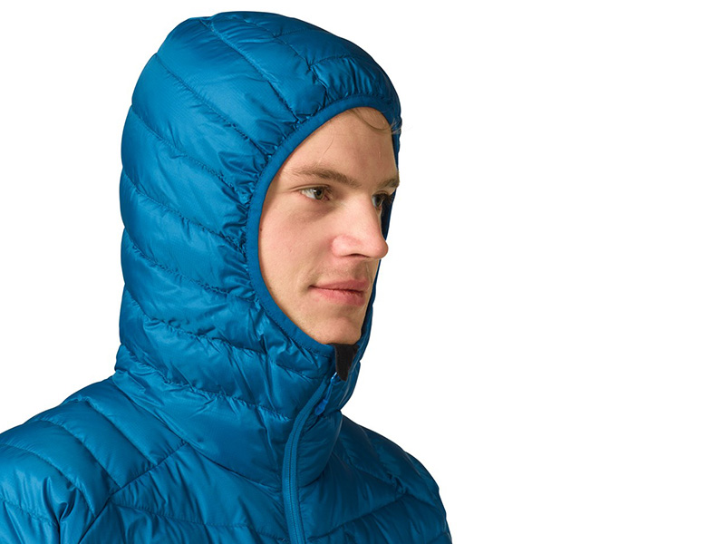 Еластична и удобна качулка на яке Bergans Slingsbytind Down Jacket w/Hood