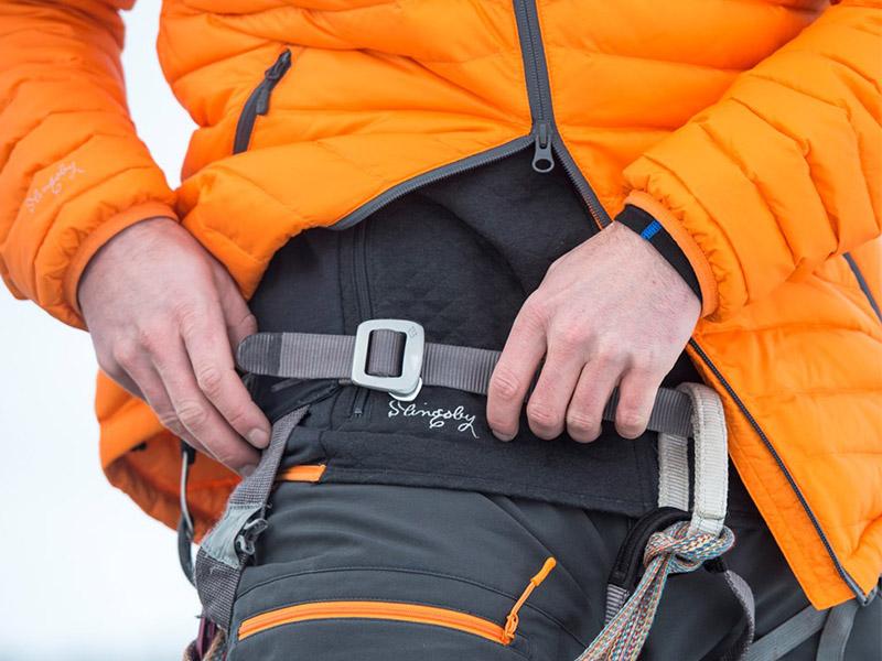двупосочни ципове на пухено яке с качулка Bergans Slingsbytind Down Jacket w/Hood