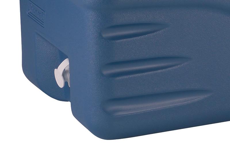 тапа за източване на течността на хладилна чанта
