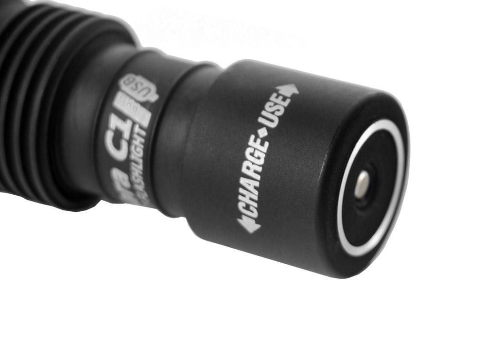 Място за зареждане Armytek Tiara C1 Pro Magnet USB Warm 980LM