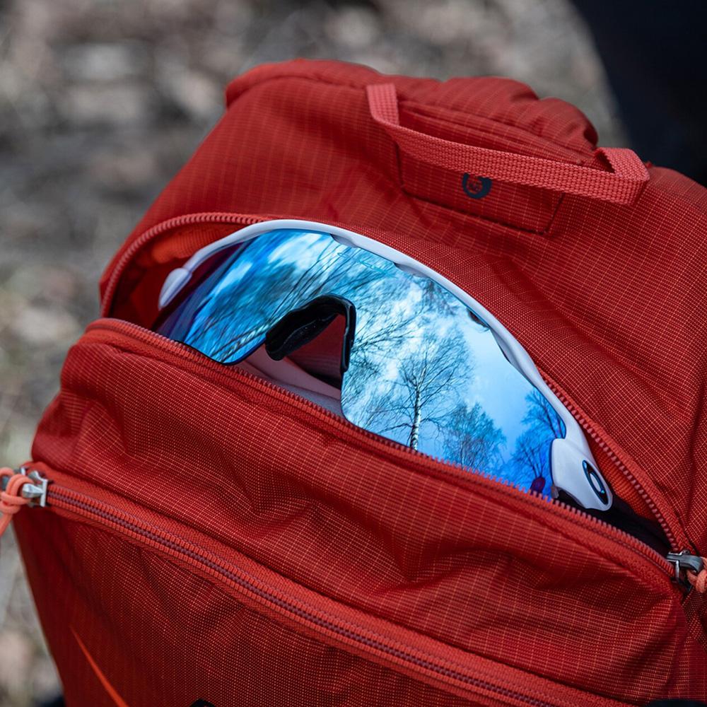 Sun glasses pocket Bergans Driv W 12 Brick / Cantaloupe 2021