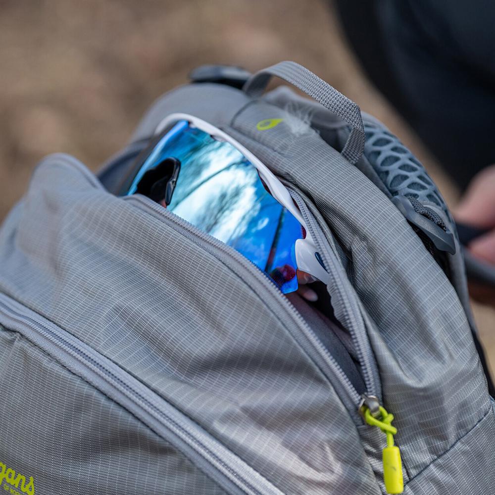 Top pocket Bergans Backpack Driv 24 Solid Light Grey 2021