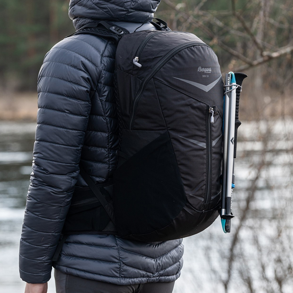 Securing trekking poles to backpack Bergans Backpack Driv 24 Black