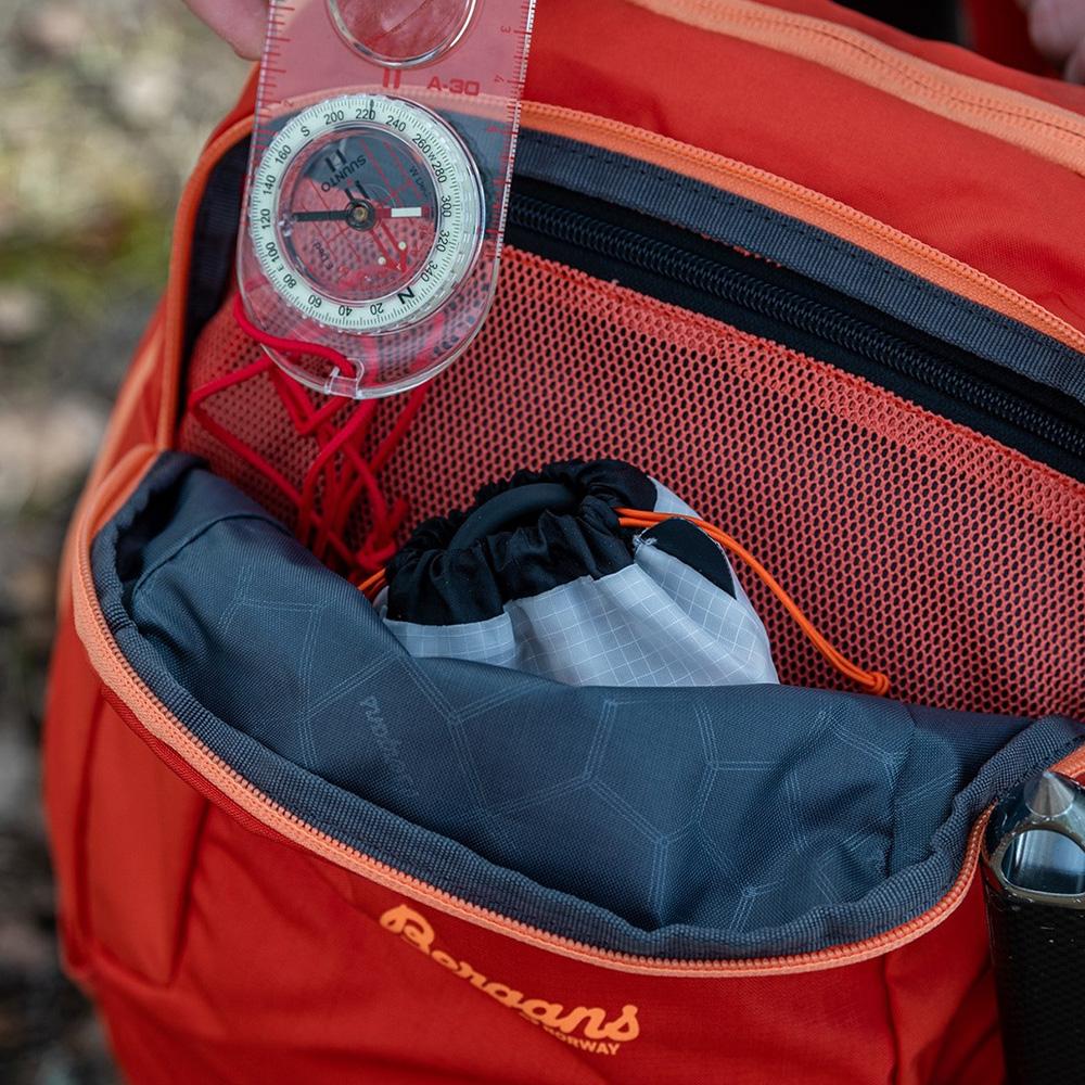 Front pocket Bergans Rondane V6 W 30 Backpack Brick 2021