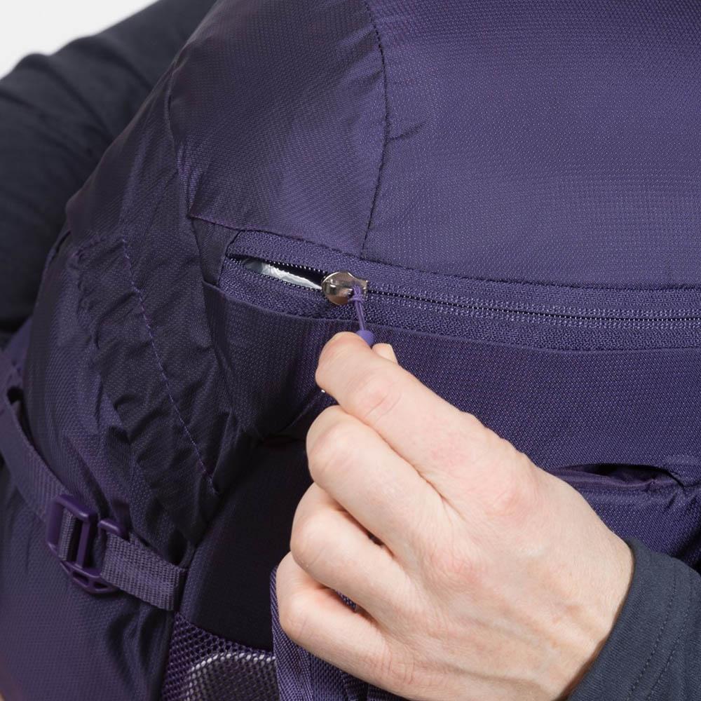 Джоб с цип на капака туристическа раница Bergans Fløyen W 16L