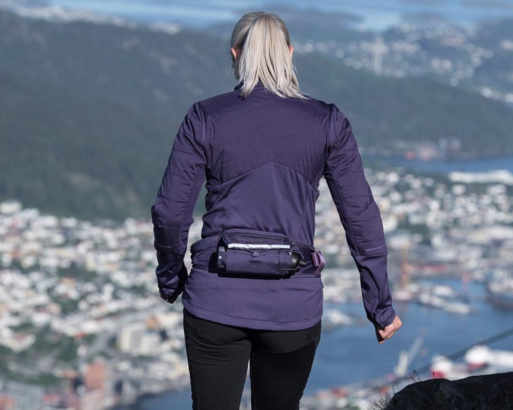 Сред природата със спортно-туристически чанта за кръст Bergans Fløyen Hydration Belt