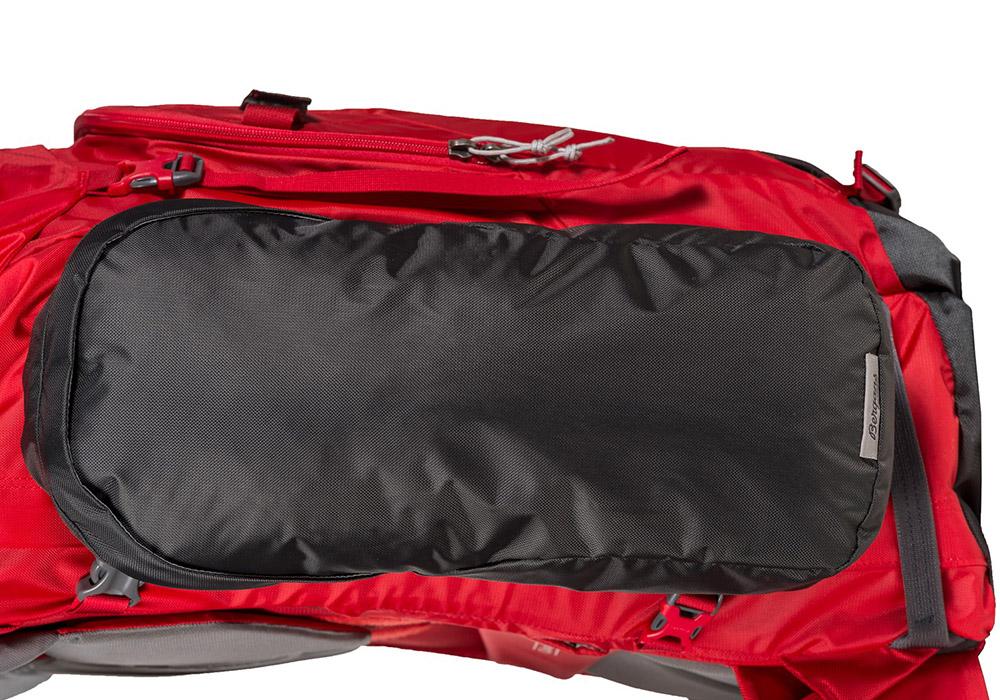 Странични помощни джобове на туристическа алпийска раница Bergans Helium PRO 40L