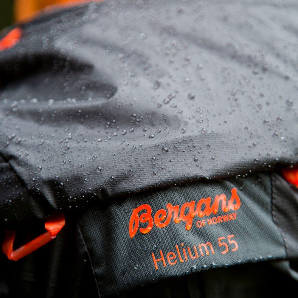 Водоотблъскващо покритие Bergans Helium 55L