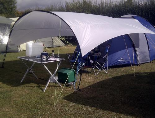 тента - навес на палатка