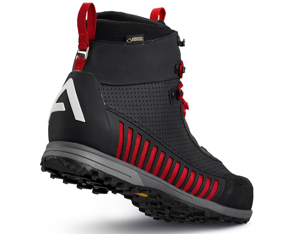 Поглед отзад туристически обувки с мембрана Gore Tex ALFA Lyng APS GTX Black Red