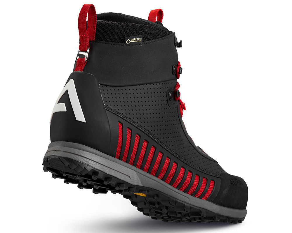 Пета на дамски високи туристически обувки ALFA Lyng APS GTX WMN Black Red