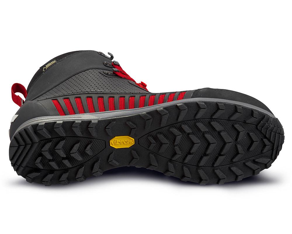 Подметка Vibram на дамски високи туристически обувки ALFA Lyng APS GTX WMN Black Red