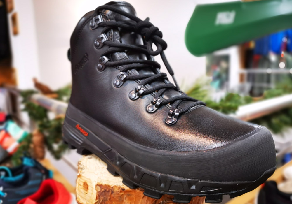 Отпред туристически обувки Bergans Trollhetta Leather Dermizax Black 2020