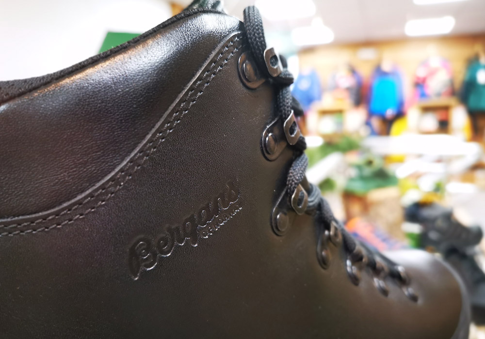Кожа на туристически обувки Bergans Trollhetta Leather Dermizax Black 2020