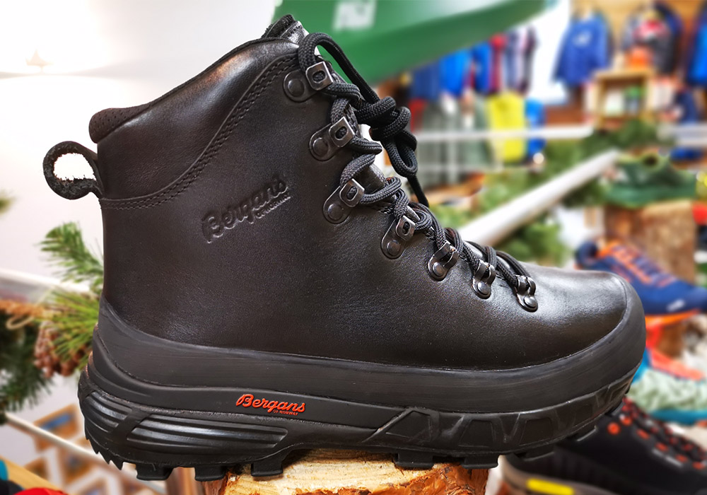 Отстрани туристически обувки Bergans Trollhetta Leather Dermizax Black 2020