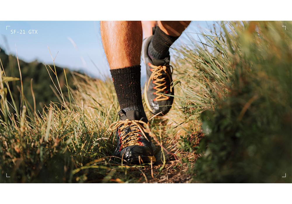 Hiking with Dachstein SF-21 GTX Anthracite 2021