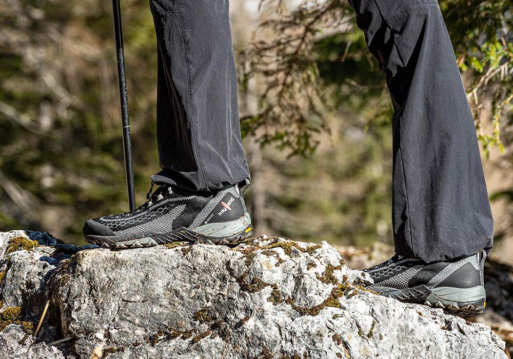 Rock trekking with Kayland Alpha Knit GTX Black