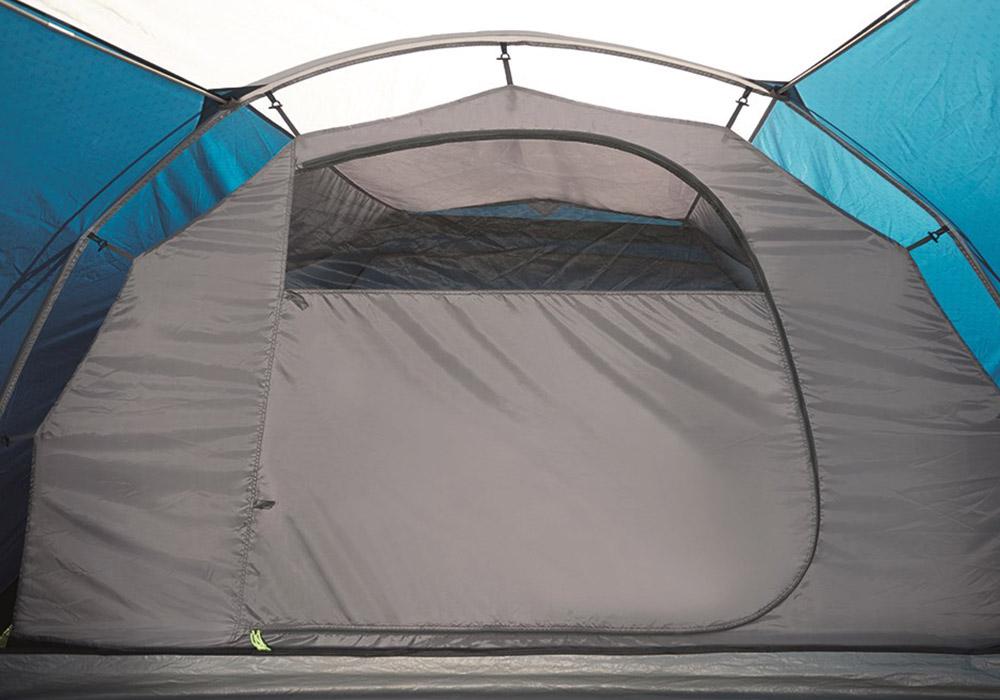Спално с комарник на входа Четириместна палатка Outwell Earth 4